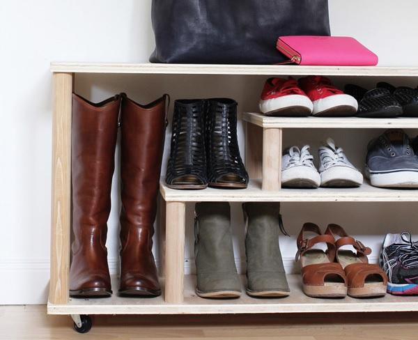 Gurulós cipőtároló