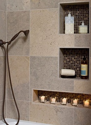 Mozaikos falfülke fürdőszobában