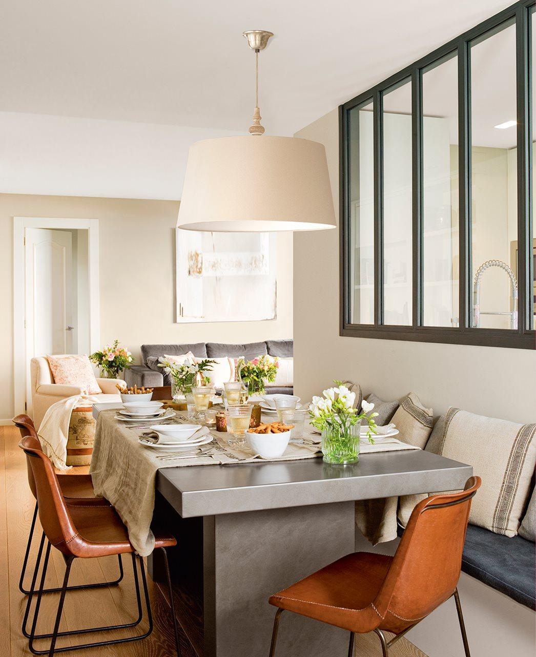 Modern étkező, meleg színekkel