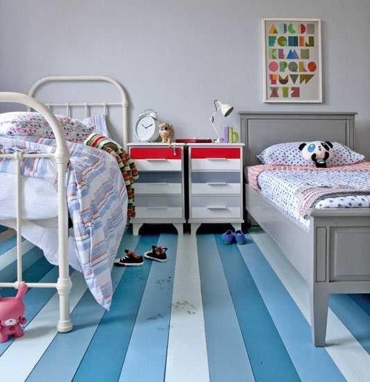 Tömörfa padlóburkolat színekkel