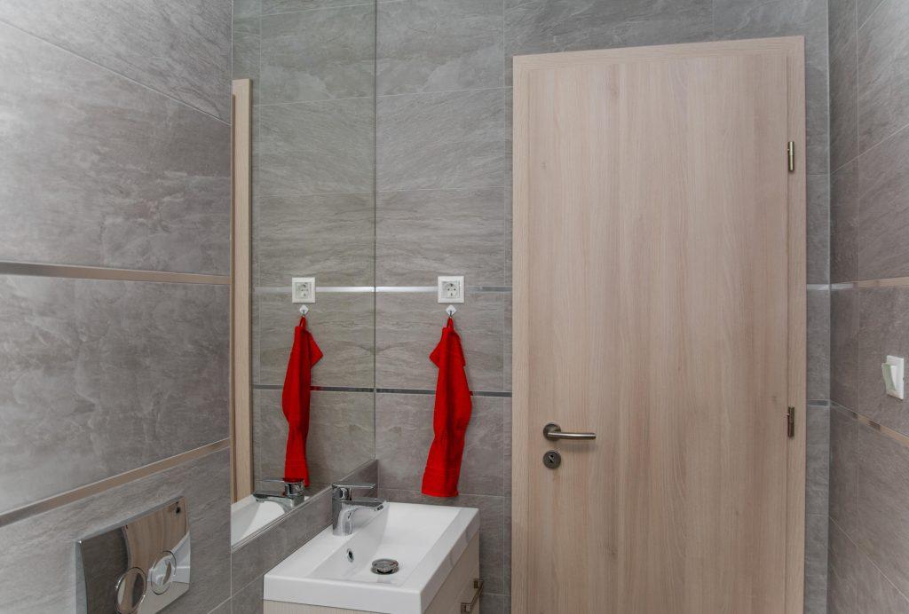 Fürdőszoba lakberendezve